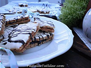 Çikolatalı Lavinia Bisküvi