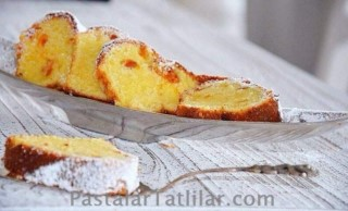 Yoğurtlu Kayısılı Islak Kek