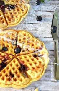 Yaban Mersinli Waffle
